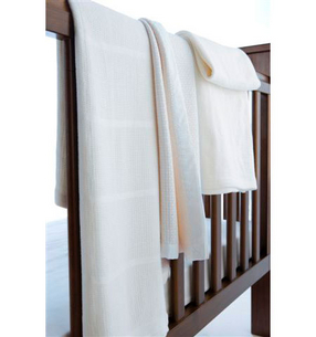 LB_Lifestyle_of_Blanket_Bassinet